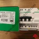 A9D31740 - SCHNEIDER